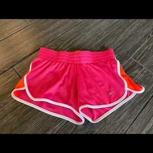 Nike Mesh Shorts in Orange and Pink Size Small